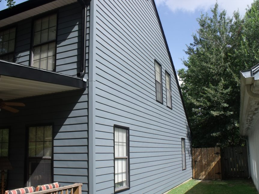 Steel siding system with radiant barrier