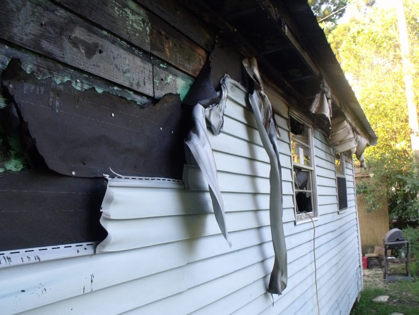 vinyl siding burned in a house fire